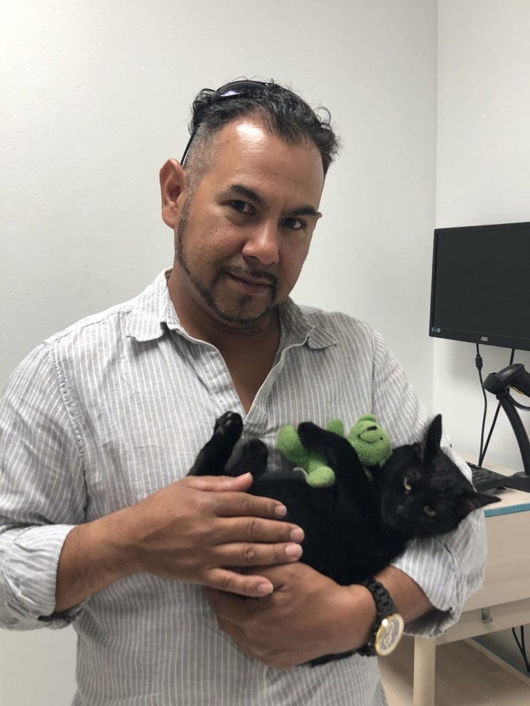 Houston East End - Low Cost Vet Clinic - Emancipet
